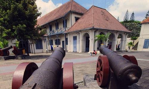 Benteng Vredeberg - museum di sekitar maliioboro
