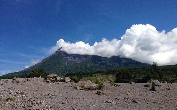 wisata pasca erupsi merapi kinahrejo (2)