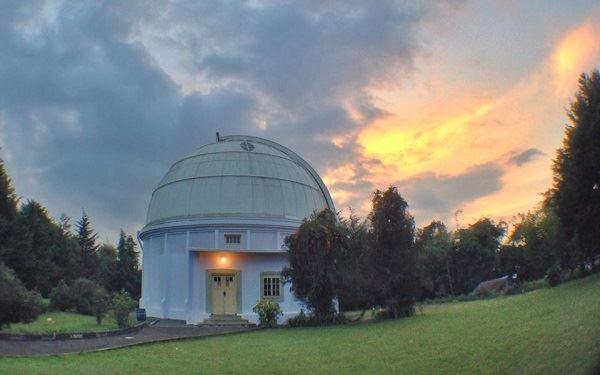 Hasil gambar untuk Observatorium Bosscha